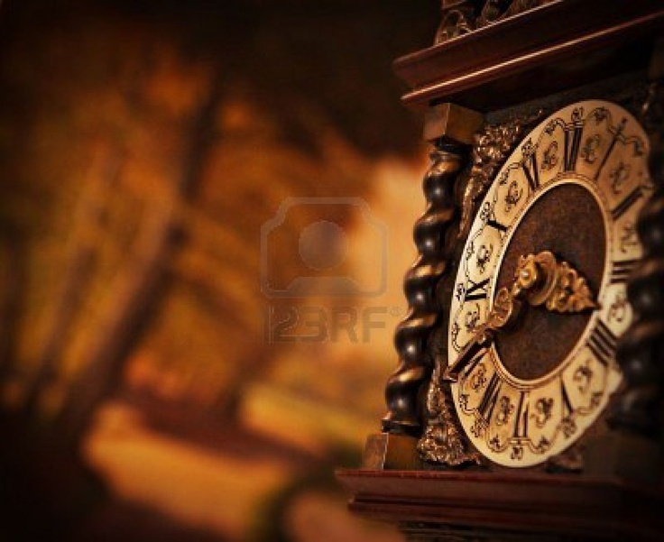 Reloj Antiguo Fotos, Retratos, Imágenes Y Fotografía De Archivo ...
