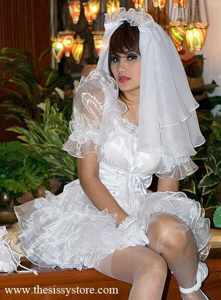 bridal veil gay dating site Niagara falls gay hotels invite you and your honey to kick back and relax on the pool deck or fine dine at the on-site restaurants bridal veil falls hotels.