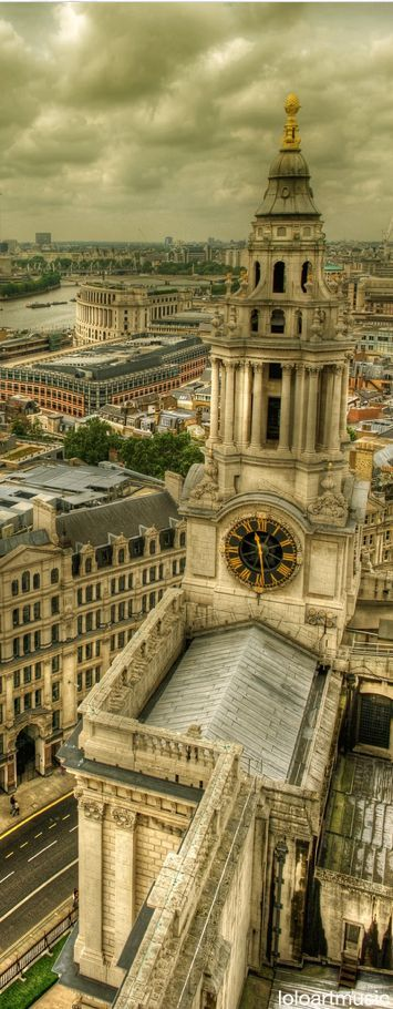 Stone Gallery, Saint Paul's Cathedral, London,... | Creative Travel Spot