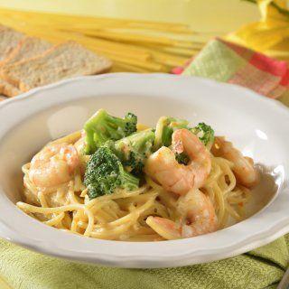 Spaghetti con Camarones con Salsa de Queso
