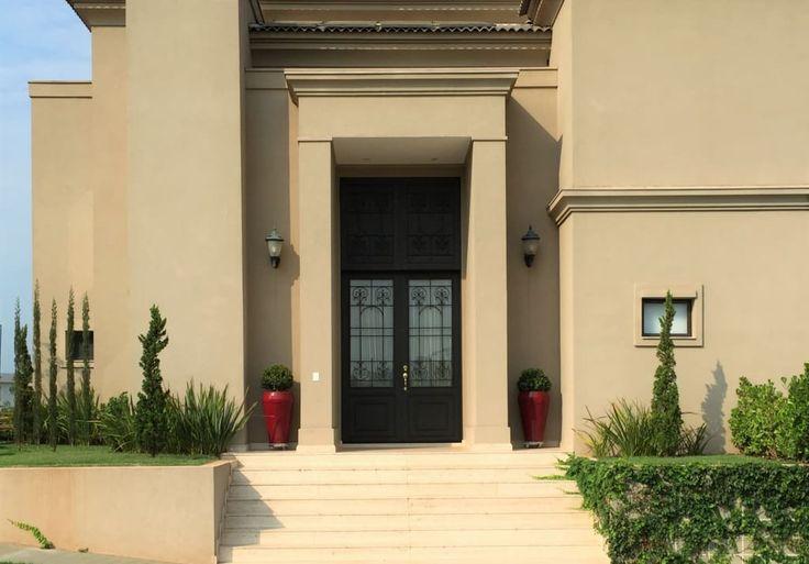 Navegue por fotos de Casas : Residencia Rocha - Quinta Golfe. Veja fotos com as melhores ideias e inspirações para criar uma casa perfeita.