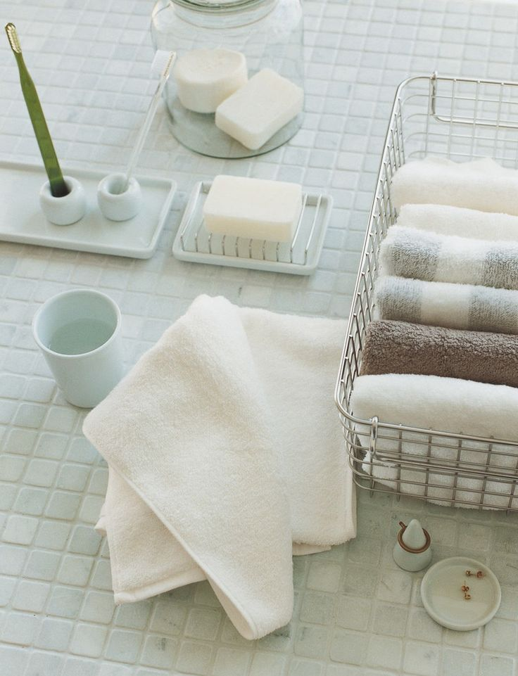 MUJI essentials for your bathroom.