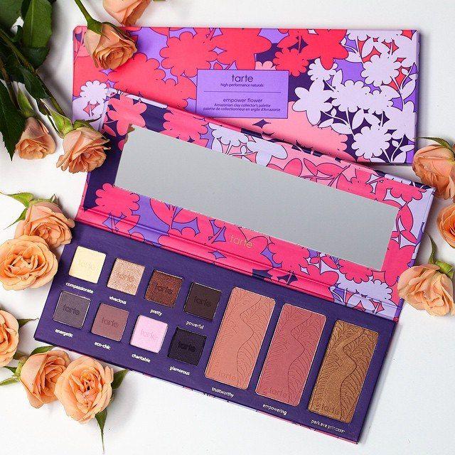 Beautiful makeup palette (13.99$)🌸   Красивая палетка для макияжа (818р)🌸  ➡http://ali.pub/po62w #aliexpress makeup
