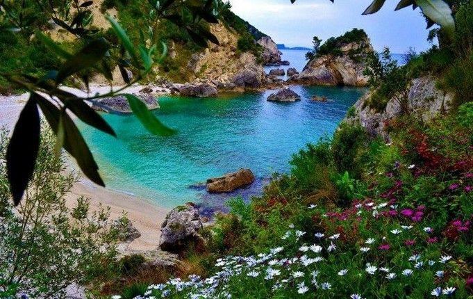 Piso Krioneri beach, Parga