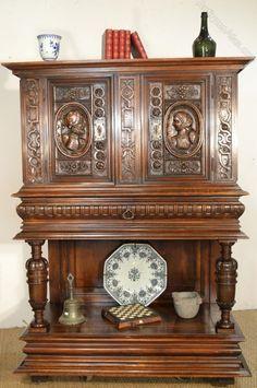 French Walnut Renaissance Cabinet - Antiques Atlas