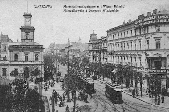 Marshal's street and Vienna rail station