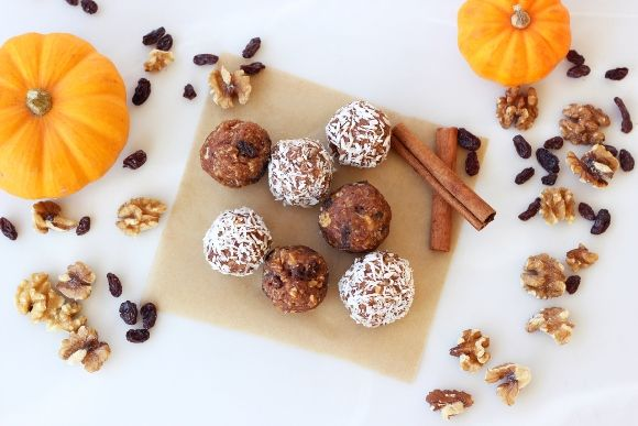 Post image for No-Bake Pumpkin Spice Cookie Balls (Gluten-Free, Vegan + Sugar-Free)