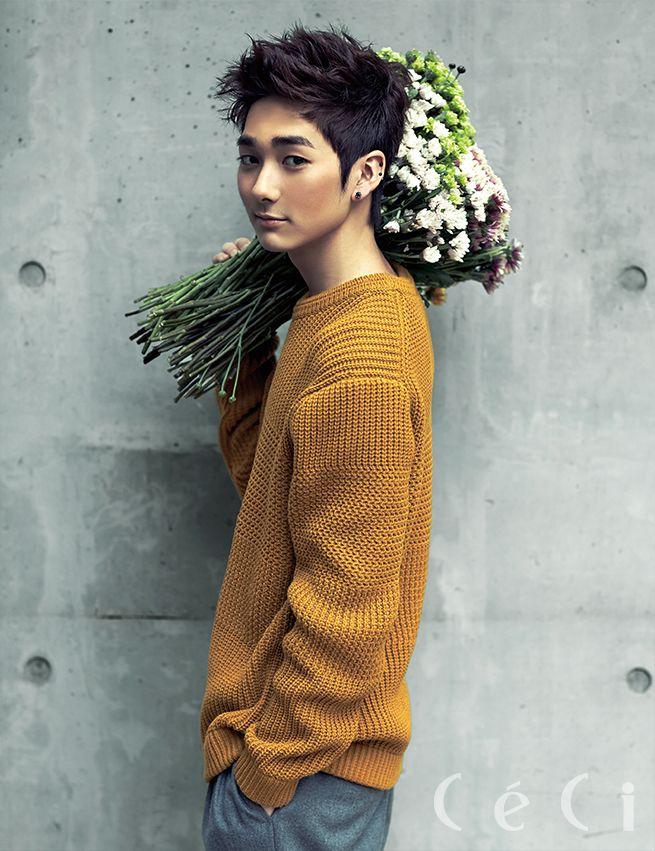 NU'EST - Aron - Ceci Magazine October Issue '13 อยากได้ดอกไม้ในมือเธอจัง  (〃▽〃) ~❤