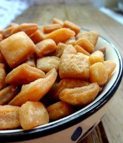 Your Everyday Cook: Shakkar Para