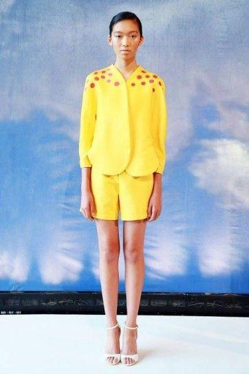 Completo giallo canarino di Azede Jean Pierre