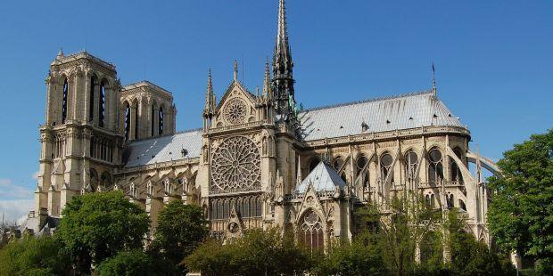 Orvalho Do Amanha Senado Frances Quer Que Notre Dame Seja