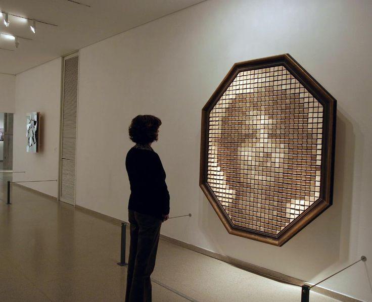 Artista+Israelense+cria+incrível+espelho+feito+de+Madeira