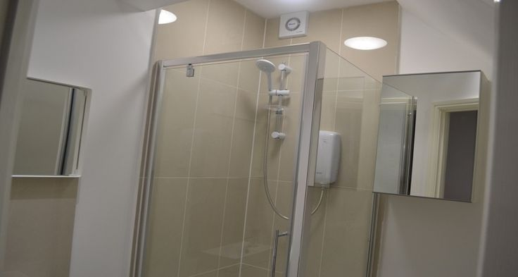 Westciti Oval Road Apartment Bathroom Services
