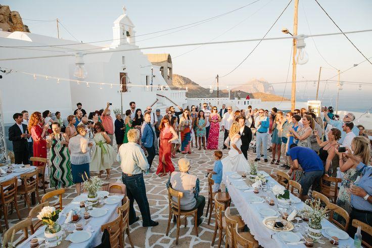 A wedding on Anafi Island   lafete