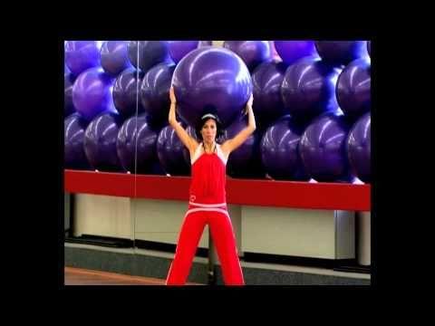 Cvičení na velkém míči - ramena, záda a paže - YouTube