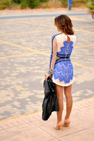 Cute Dress with Contrast Lace Panel