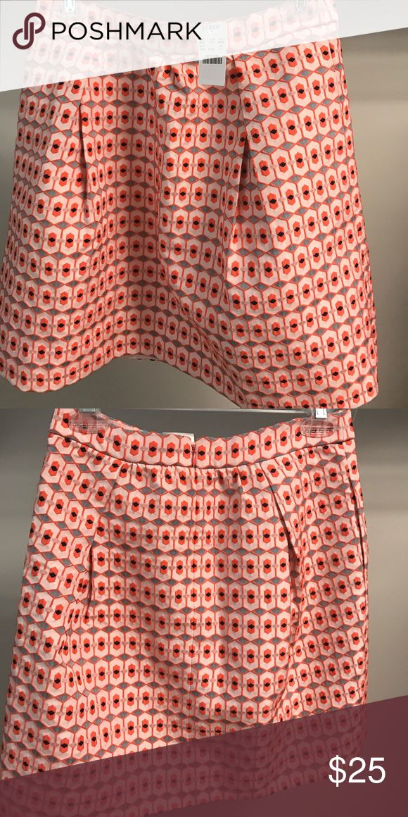 J. Crew Printed Skirt J. Crew skirt -- cute w/ shirt tucked in! J. Crew Factory Skirts Midi