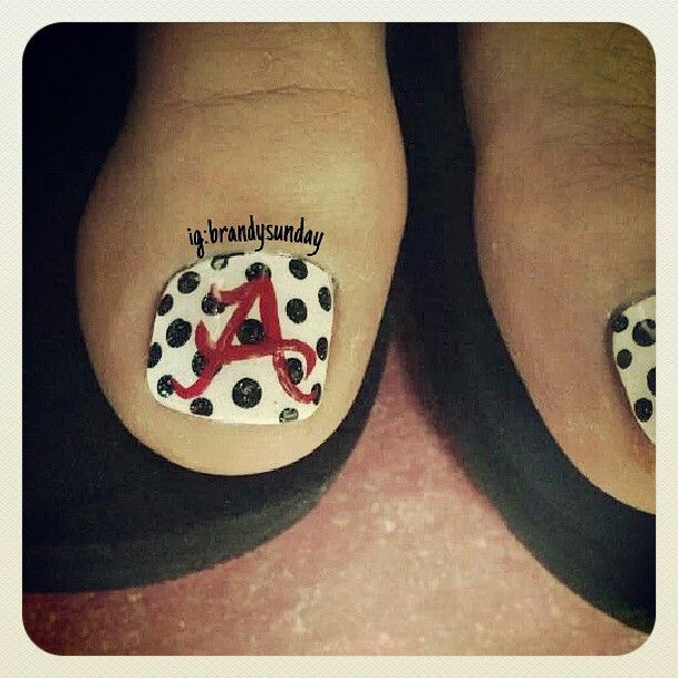 Alabama nail art.... #freehand #nailart ig:brandysunday