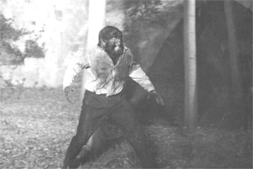 «La marca del hombre lobo». La leyenda de Paul Naschy. En http://cvc.cervantes.es/artes/cine/terror_pop/default.htm