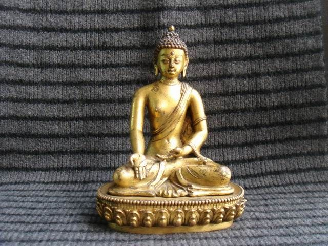 Nepal handmade statues, Nepali statue craft, nepal buddha statues, nepal statue manufacturer, tibetan buddha statues for sale, nepali handicraft statue, nepal handicraft, shakyamuni buddha statue for sale, tibetan buddha statues meaning, nepalese handicrafts online http://www.nepalartshop.com/statue.php