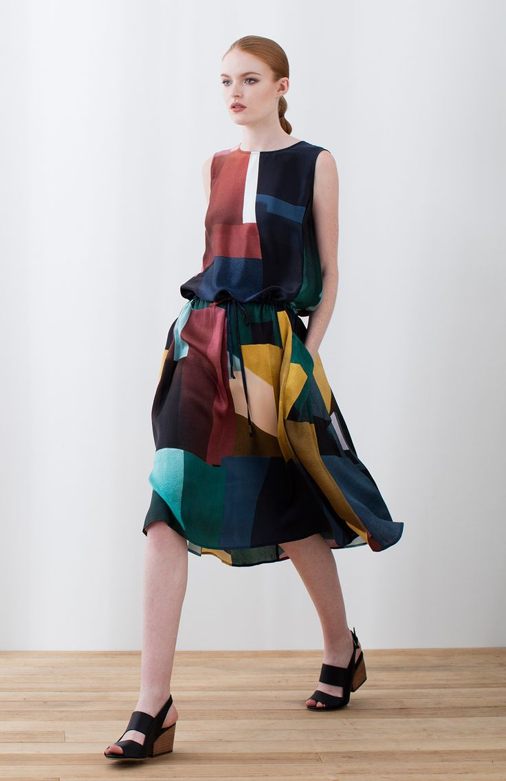 The Muralla Silk Dress is a versatile piece that will brighten any wardrobe. Crafted from 100% silk, its geometric print has been created by Elk with some of Spain's most iconic architecture in mind. Its bold colours and strong shapes are a design statement all on their own. Featuring pockets and a drawstring waist, this dress may be worn loose for a relaxed feel or gathered for a more fitted, formal look. This long silk dress is the ideal piece for the party season – team it with wedges…