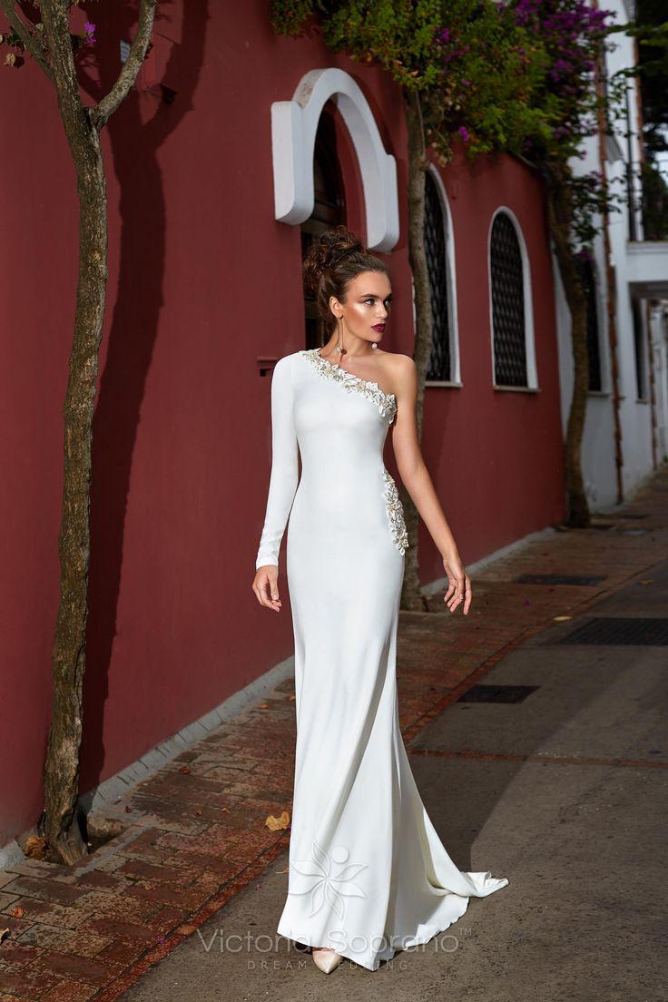MONICA #wedding, #weddingdress, #nefelejcsruhaszalon, #esküvőiruha,#esküvő, #menyasszonyiruha,#menyasszony