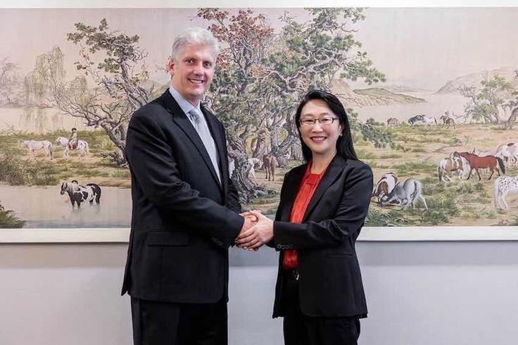 Google y HTC firmaron recientemente un acuerdo de cooperación por más de un billón de dólares, cifra que servirá para innovar.