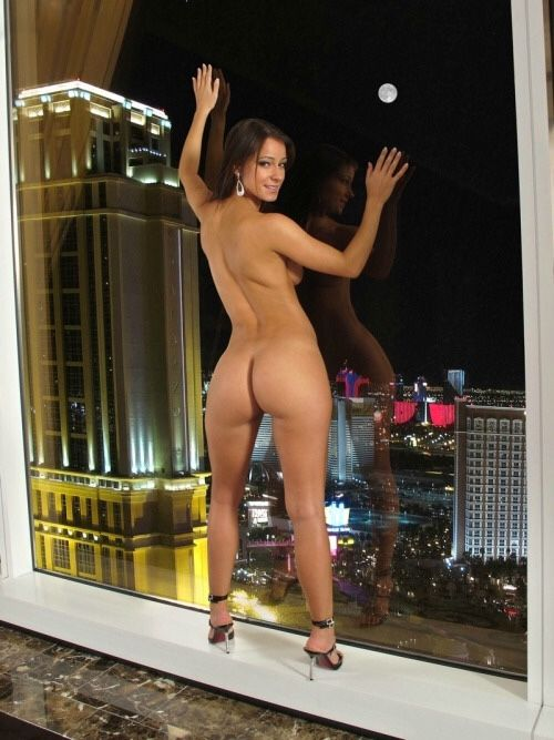 nude-las-vegas-thick-college-girls-pussy-spread