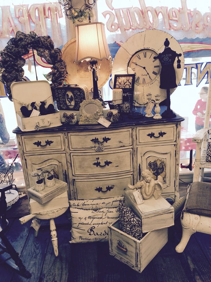 "Pam Hancock Designs booth inside ""Yesterday's Treasures, Antiques & Gifts"", downtown Willis, TX"