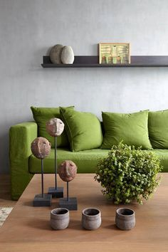Join us and discover de best selection of midcentury modern green interior design inspirations at http://essentialhome.eu/