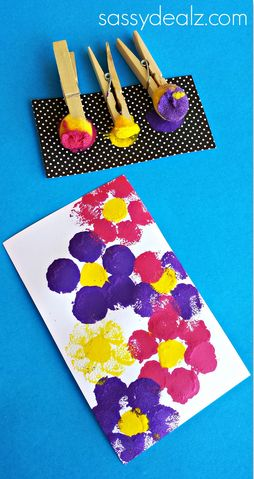 Flower Pom Pom Painting Craft for Kids - Mother's day card idea #spring art project