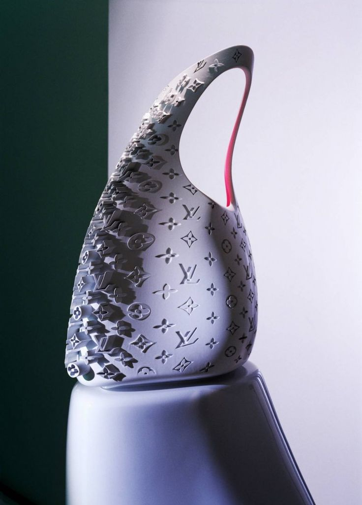 Icone Bag - Design - Zaha Hadid Architects