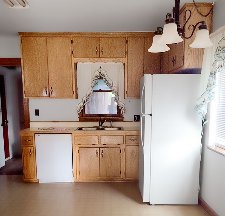 Kitchen Before and After in 2020   Cabinets with crown ...