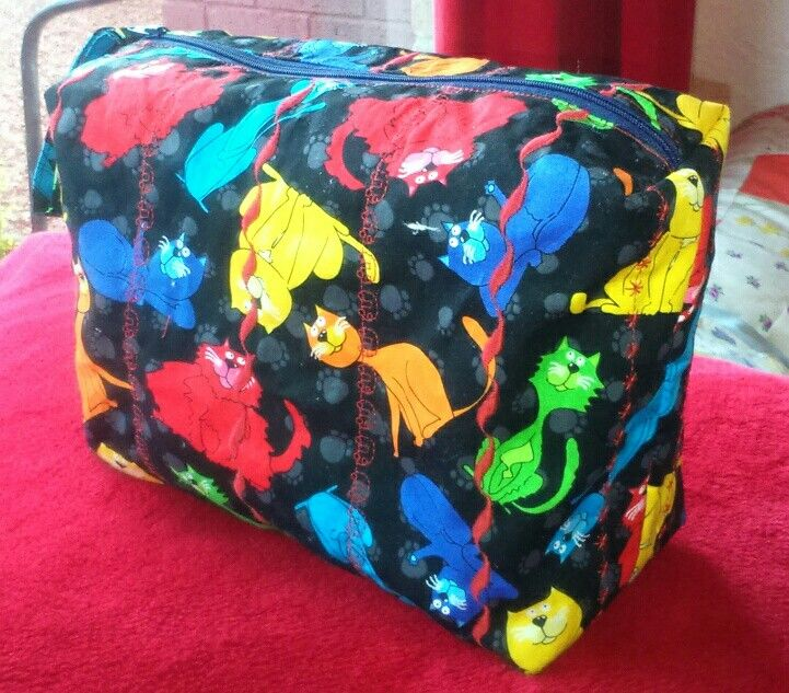 Washbag lined with waterproof fabric - Christmas present
