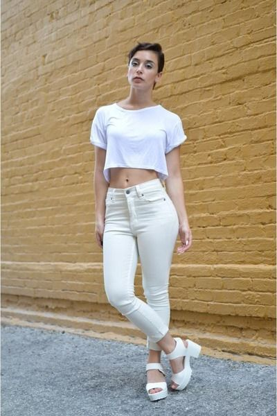 White High Waisted Jeans and Crop Top | Cropped | Pinterest | Crop ...