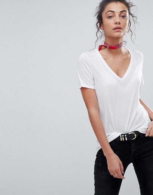 a39a794150f DESIGN Tall v-neck swing t-shirt in white in 2019 | Wishin' & Hopin ...