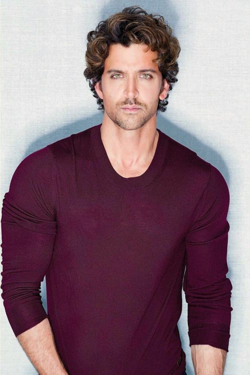 Hrithik Roshan as one of the muderers. I chose him as he looks very menacing and evil. Best supporting actor 2009, Luck by chance