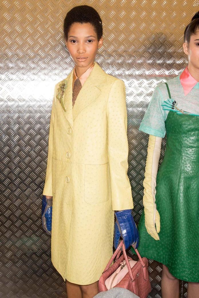 Prada Fall 2015: http://blog.mshopnyc.com/ladylike-gloves-and-the-new-ponytail-at-prada/