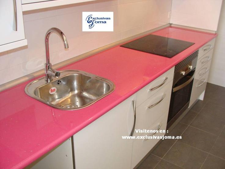 Muebles de cocina a medida en color blanco alto brillo con - Encimera formica ...
