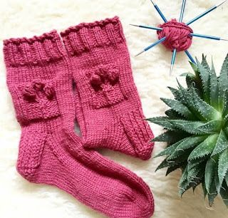 TeoMakes: Let's talk about SOCK knitting
