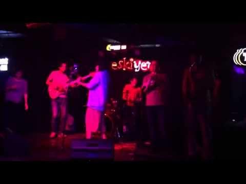 Ezhel - Ah Yalan Dünya (Neşet Ertaş Afra Tafra Cover) - YouTube
