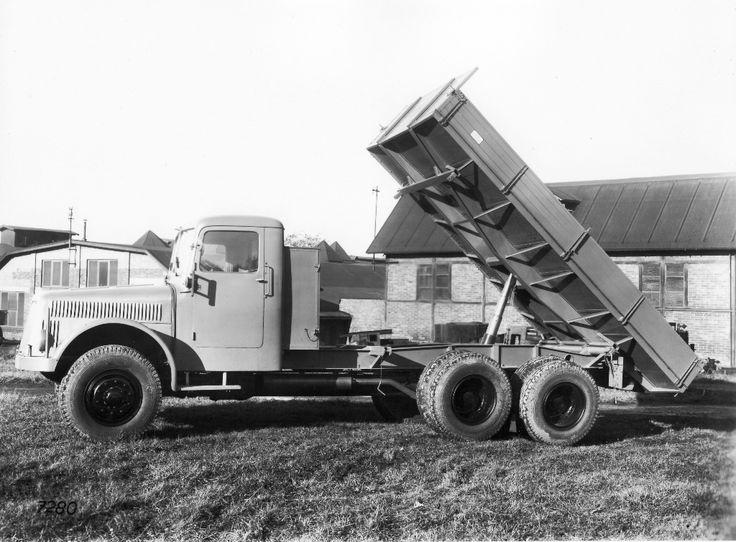 Tatra 111 S  (1942–1962) 33 690 ks