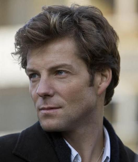 Jamie Bamber discovers acting is brain surgery on Monday Mornings ...