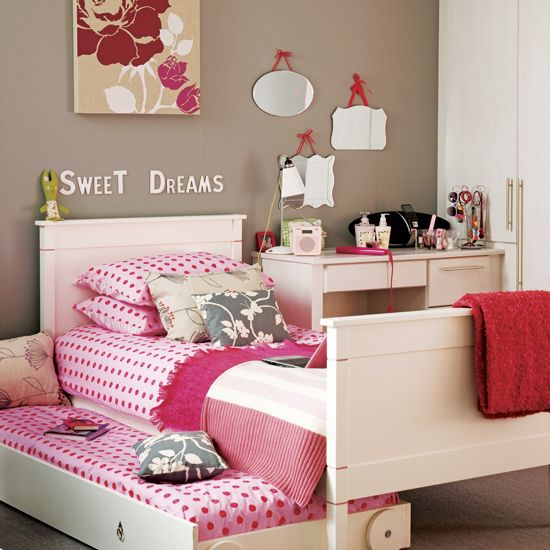 10 Beautiful Themed Kids Room Decors with Color Schemes from Ideal Home Magazine: teen girls room with bunk bed and pink themed bedroom - Ideal Home Magazine kids room decors | Home and Interior Design Ideas | Swiftsorchids
