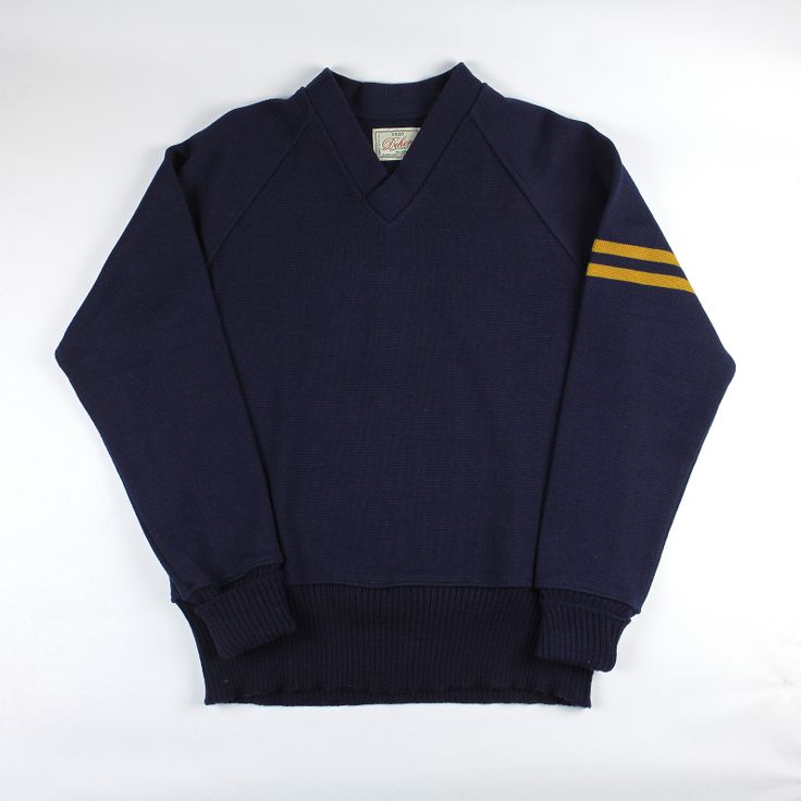 Dehen 1920 Varsity V-Neck (Navy/Old Gold)