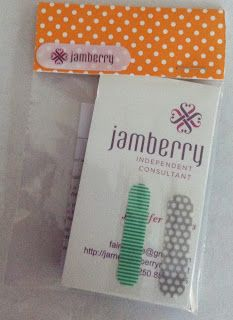 Diva Dolls: Creating Sample Bags for Parties - LOVE Jamberry Nails!!!!! :D SO easy & fun!!! <3