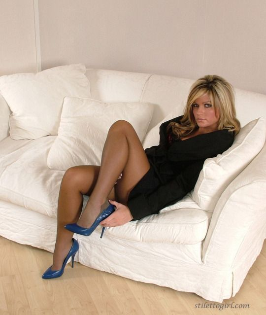 Pantyhose Grown-up Babe In High Shoes