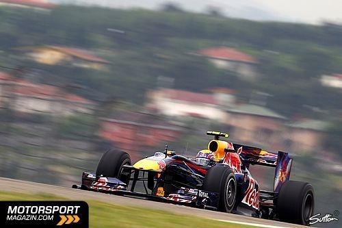 Mark Webber – Erstes Rennen: 2002. Starts: 176. Alter: 35. Direkt bei seinem ersten Rennen holte Mark Webber sensationell zwei WM-Punkte im Minardi. 2003 verpflichtete ihn Jaguar. Er machte mit unglaublichen Qualifying-Leistungen auf sich aufmerksam, 2003 stellte er den grünen Renner in Ungarn sogar in die erste Startreihe. Es folgte eine Zeit, in der der Australier immer wieder im falschen Auto saß: 2005 wechselte er zu Williams-BMW, doch just in diesem Jahr war das Paket nicht mehr…