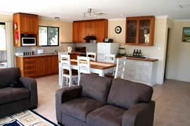 Accommodation Bed and Breakfast Breakaway Farmstay - 5 stars from 19 reviews. Victor harbour location and reasonable rates. Must go when kids are older.