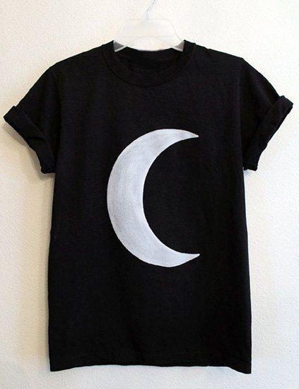 Casual Women's Round Neck Moon Print Short Sleeve T-Shirt